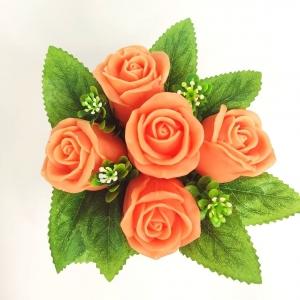 5 роз в крафтовом стаканчике