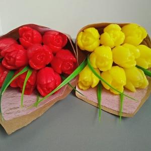Весенний букет из 9 тюльпанов